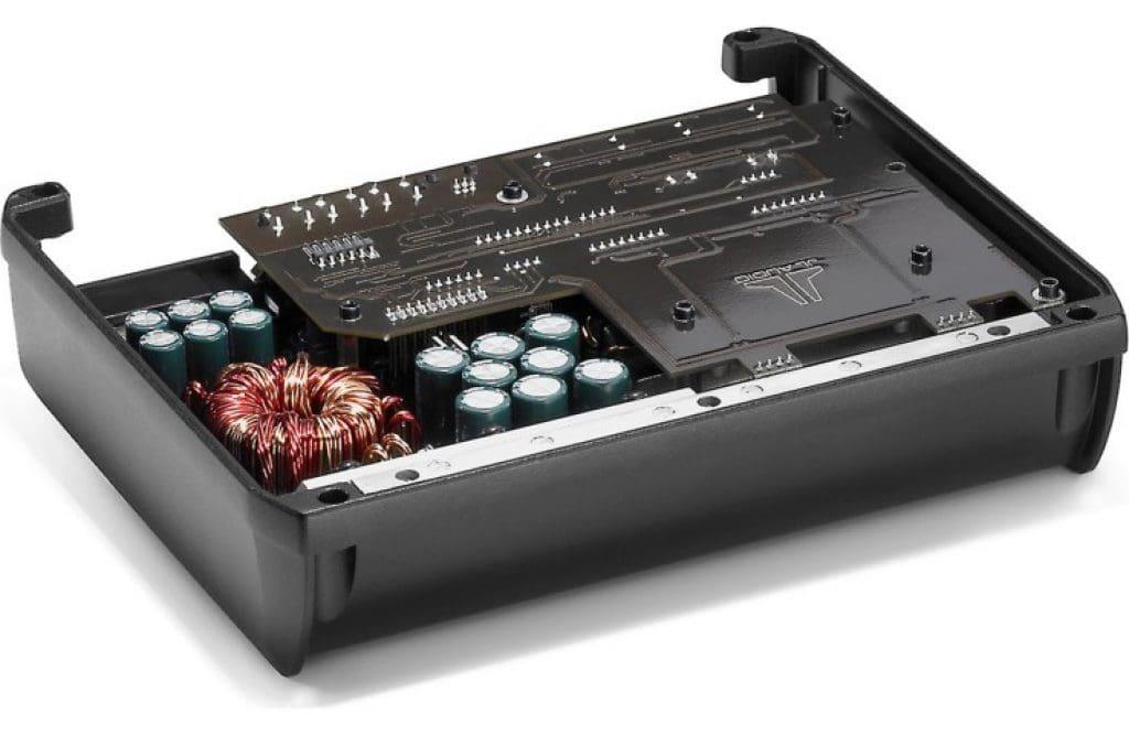 RB-XD400/4 amp internal view