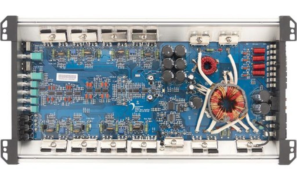 Internal image of a 4 ch. amp