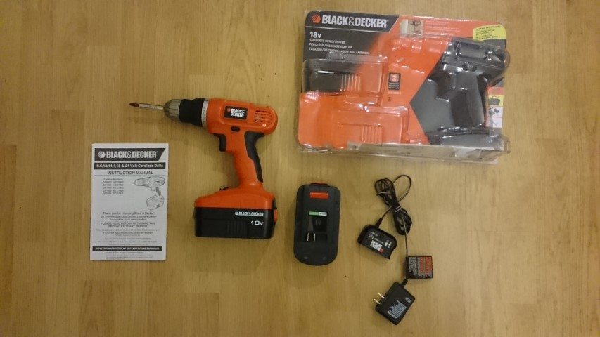 Black and Decker GC018-2 cordless drill all items