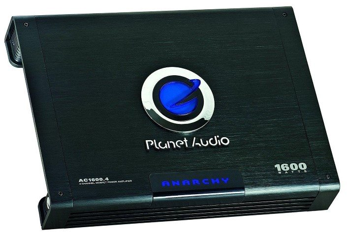 Planet Audio AC1600.4 amp angle view
