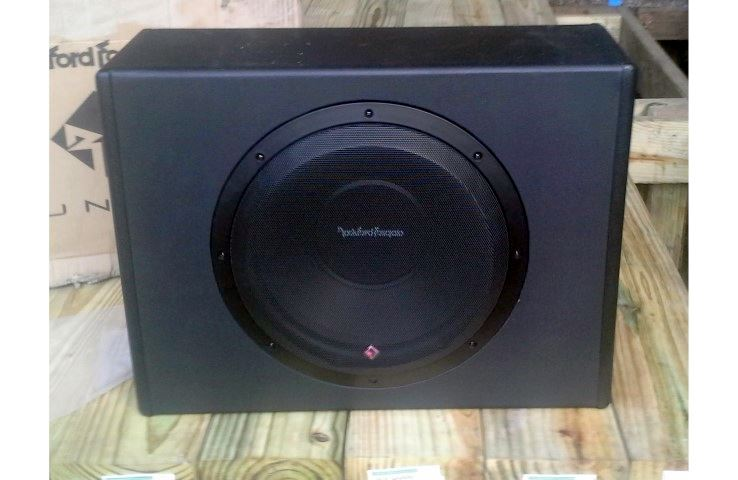 Rockford Fosgate P300-12 first image