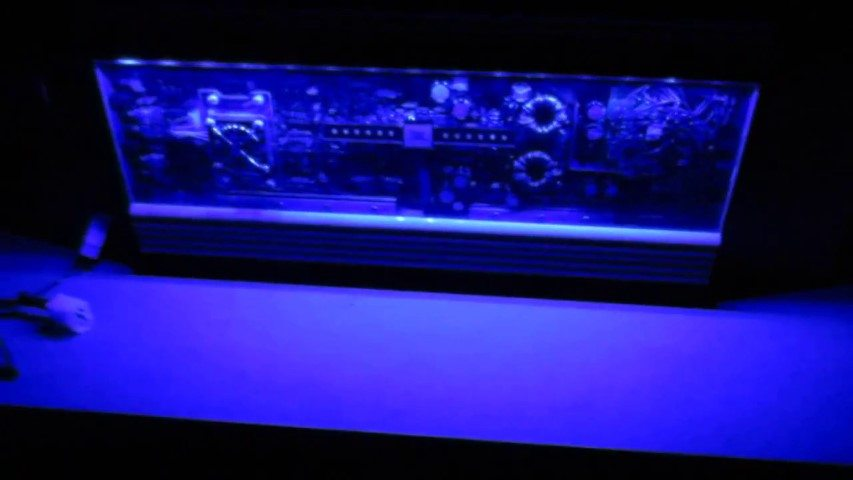 Car amp illuminated with LED lighting