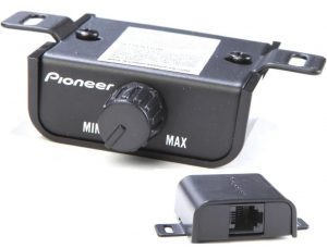 Pioneer GM series amplifier remote image closeup