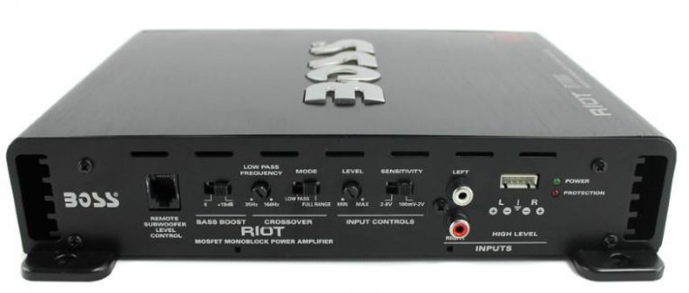 Boss Riot R1100M monoblock amp features image