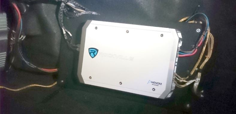 Example image of a Rockville marine amp installed in a car